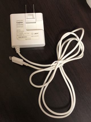 2013年秋に購入し、ついに使えなくなったiPhone充電器